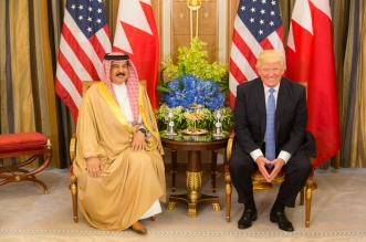 President Donald Trump meets with King Hamed bin Issa of Bahrain during their bilateral meeting, Sunday, May 21, 2017, at the Ritz-Carlton Hotel in Riyadh, Saudi Arabia. (Official White House Photo by Shealah Craighead)